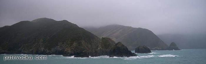Новая Зеландия. Южный остров. Подход с моря к Пиктону.