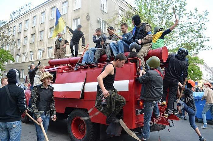 Одесса. Массовое убийство 2 мая 2014 года. Бойня на Греческой площади.