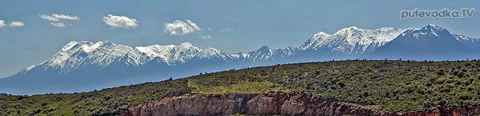 Горы Пелопоннеса в конце холодного марта 2014 года.