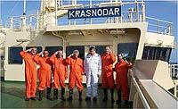 Спасенные бразильские яхтсмены на танкере Краснодар